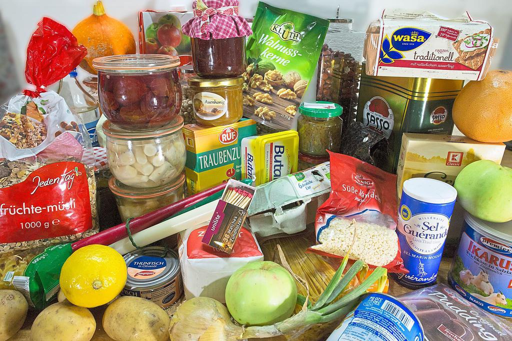 Different foods as emergency supply